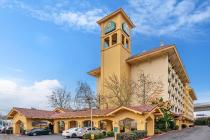 Отель La Quinta by Wyndham Seattle Sea-Tac Airport