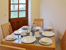 Guillemot Cottage, Flamborough