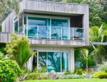 Elford Lodge, Waihau Bay