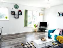 The Pent House - Lushio Apartments, Northampton