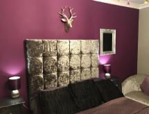 Double Room in Shared House, Heckmondwike