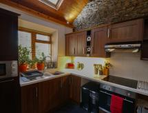 Beili Glas Cottage, Pontardawe