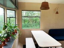 Modern, cosy cabin in a secluded meadow near Framlingham, Parham