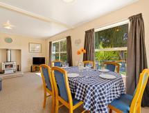 Albert Town Relax - Wanaka Holiday Home, Wanaka