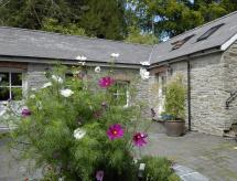 Rhosygilwen Courtyard, Cilgerran