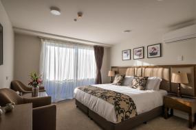 Deluxe King Studio - Disability Access, Golden Star Motel