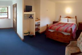 Double Room with Shower, Belle Vue Country