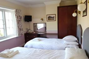 Twin Room, Ashton Court Hotel