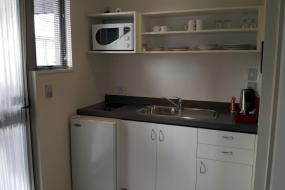 One-Bedroom Suite with Spa Bath, FYFFE on Riccarton