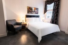 Standard Queen Room, Hotel Manoir Morgan