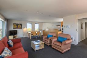 Three-Bedroom Apartment, Quest Christchurch Serviced Apartments