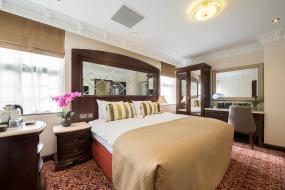 Deluxe Double Room - Disability Access, The George Street Hotel
