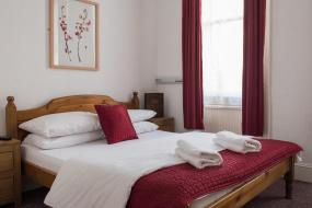 Double Room with Private Bathroom, St Athans Hotel