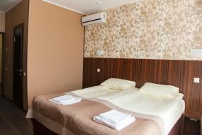 Стандартный двухместный номер с 1 кроватью, Отель Арль
