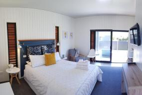 Double Room with Garden View, Admiral Waters