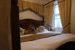 Double Room with Four Poster Bed, Richard III Hotel