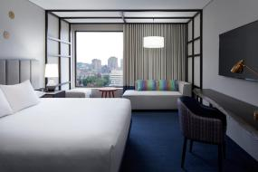 King Room with City View, DoubleTree By Hilton Montreal