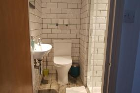 Single Room with Private Bathroom, St Athans Hotel