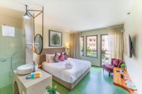 Улучшенный двухместный номер с 1 кроватью или 2 отдельными кроватями и балконом, Margosa Hotel Tel Aviv Jaffa