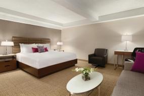 Coast Premium King Bed with Sofa Bed, Coast Edmonton Plaza Hotel by APA