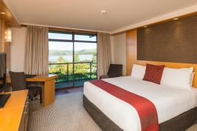 Superior King or 2 Queen with Lake View, Millennium Hotel Rotorua