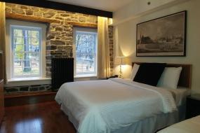 Triple Room with View, Auberge du Trésor