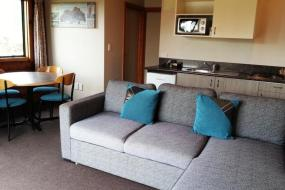 Two-Bedroom Apartment, Shining Star Beachfront Accommodation