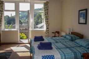 Hill Song Studio Apartment with a View, Hill Song Studio Apartment with a View