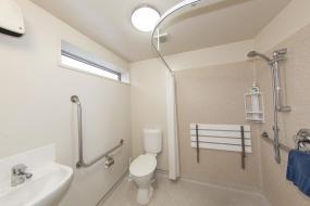 One-Bedroom Apartment - Disability Access, Cranford Oak Motel