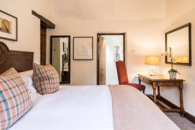 Classic Double Room, Old Swan