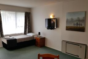 One-Bedroom Apartment, Aalton Motel