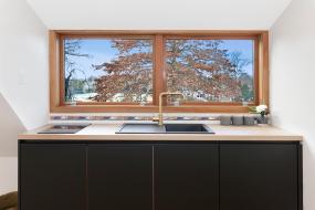 Deluxe Queen Room with Breakfast Basket, Britten Stables Observatory