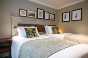 Double or Twin Room, Innkeeper's Lodge Huddersfield, Kirkburton