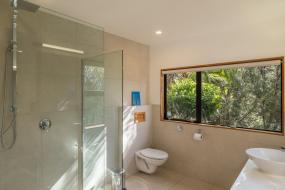 Queen Room with Sea View, Te Koha Lodge