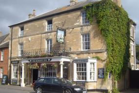 Double Room with Private Bathroom, the Romany Inn