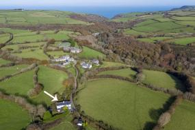 Three-Bedroom Holiday Home , Spacious holiday home in Ilkerton with Garden