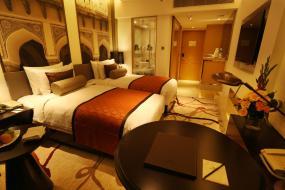 Deluxe Twin Room, Pride Plaza Hotel, Aerocity New Delhi