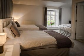 Triple Room with Bathroom, The Victoria Walshaw