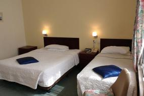 Annex Family Room with Ensuite Bathroom, River Hotel