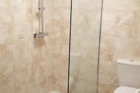 Comfort Triple Room with Shower, The Waverley Hotel