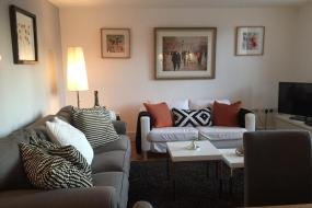 Two-Bedroom Apartment, Lets Holiday In London Greenwich