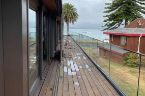 Apartment with Sea View, Waterfront Executive Apartment on PilotBay