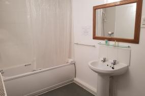 Standard Double Room, The Gardeners Country Inn