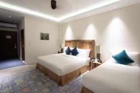 Twin Room with Pool View, Cove Resort Palau