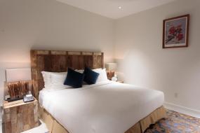 King Room with Pool View, Cove Resort Palau