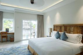 King Room with Sea View, Cove Resort Palau