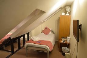 Triple Room with Shared Bathroom, Castle Lodge