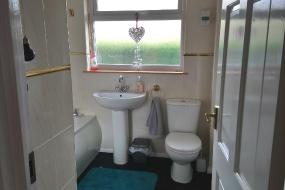 Single Room with Bathroom, Ladhope View