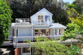 Three-Bedroom House, Island Paradise