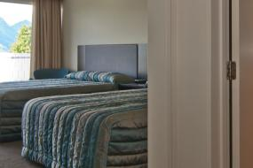 Superior 2 Queen, Copthorne Hotel & Apartments Queenstown Lakeview